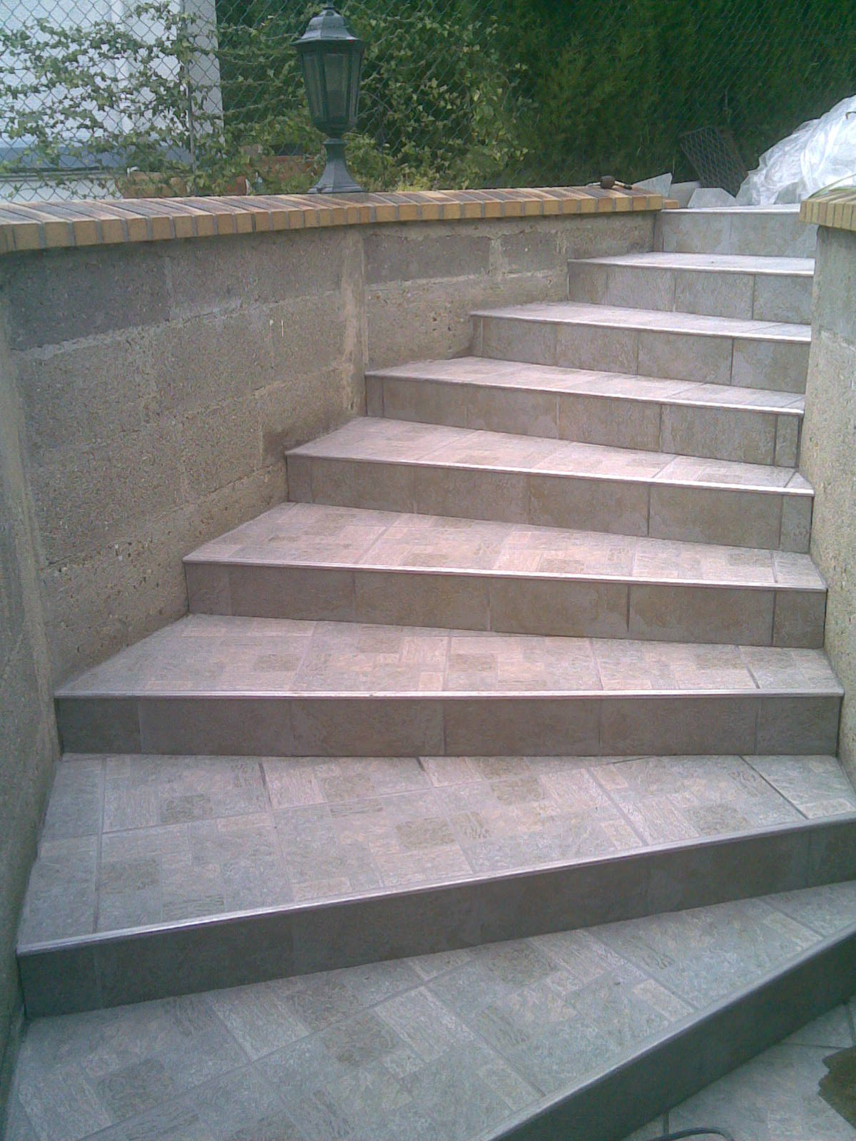 Pose carrelage sur escalier le havre pictures for Pose plinthe carrelage castorama